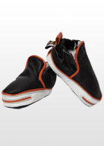 Black high-top boys sneakers